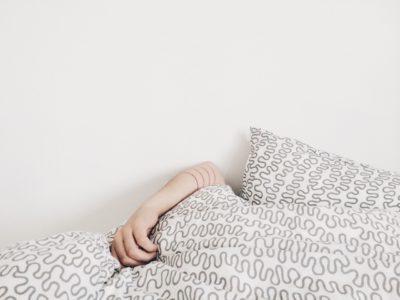 13 sposobów jak wstać rano