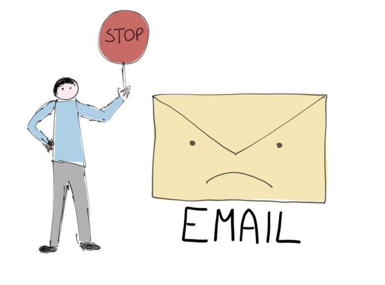 kiedy zrezygnować z emaili?